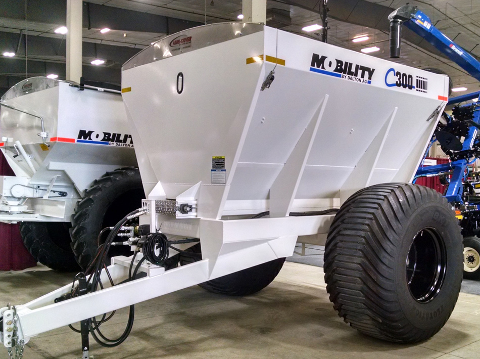 Mobility C Series Combo Lime/Fertilizer Spreader