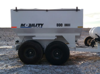 Tandem Dry Fertilizer Spreaders